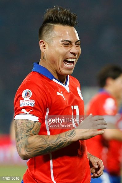 Eduardo Vargas of Chile celebrates after scoring the opening goal during the 2015 Copa America Chile Semi Final match between Chile and Peru at Nacional Stadium on June 29, 2015 in Santiago, Chile.