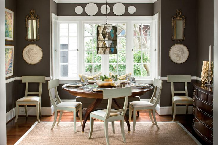 See more @ http://diningandlivingroom.com/make-small-dining-room-look-bigger/