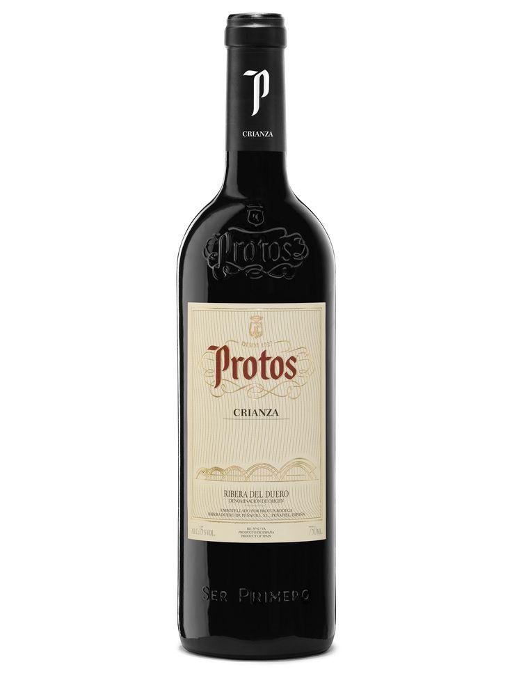 Protos Crianza 2013 está elaborado exclusivamente con uva 100% tinta del país procedente de viñedos de más de 25 años. Tras  una crianza de 14 meses en barrica de roble americano y francés, y otros 12 en su propia botella, llega al mercado para hacer las delicias de los amantes del buen vino.