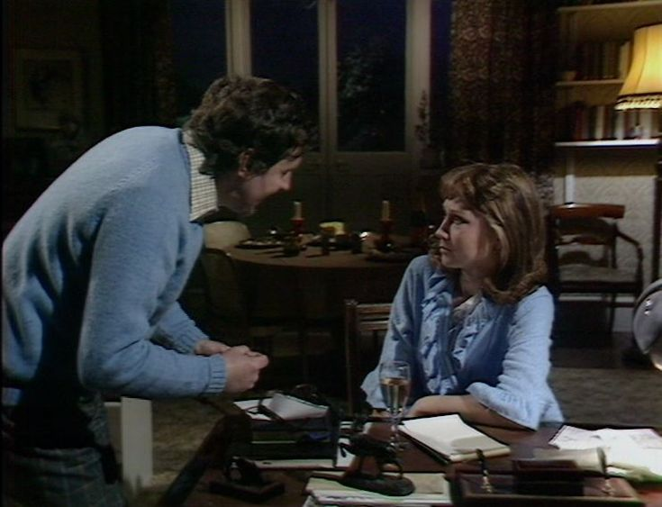 Richard Briers and Felicity Kendal in the first episode of The Good Life. BBC Television, 1975
