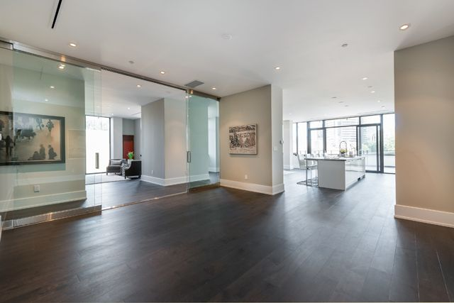 36 Hazelton Ave Unit 4A For Sale Dining Room Victoria Boscariol Chestnut Park Real Estate