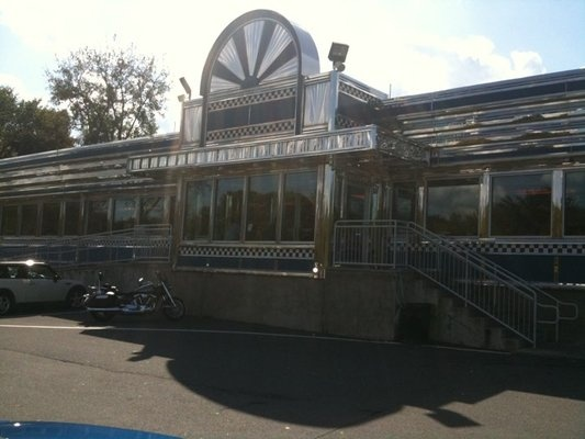 BEEN EATING THERE FOR 16 YRSEVERY TIME WE HEAD TO PA-Blue Colony Diner