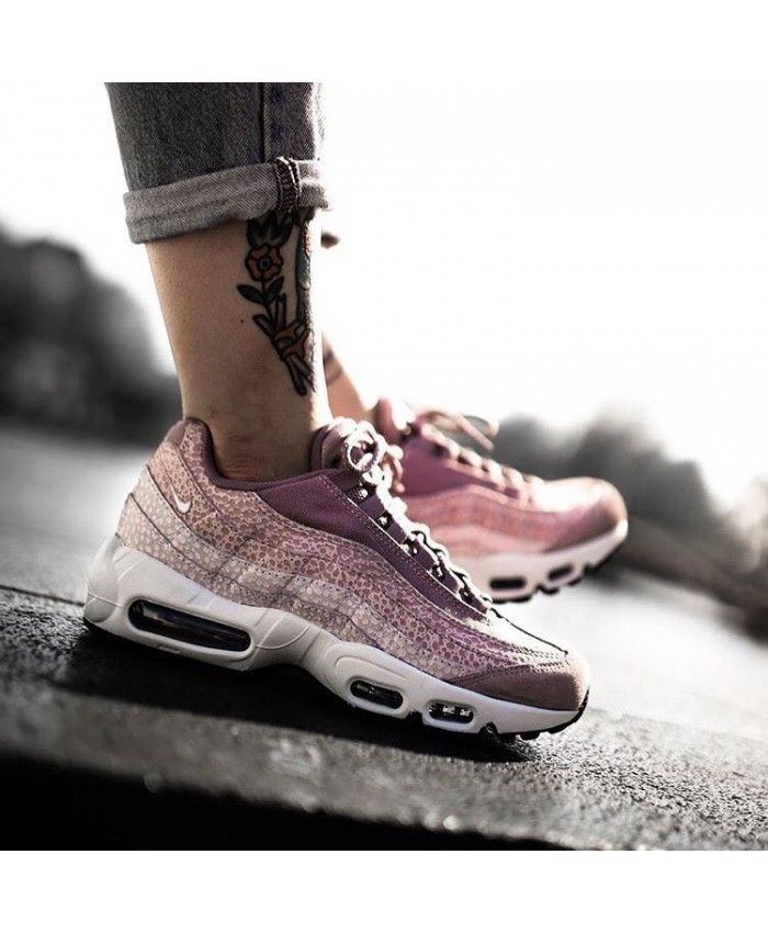 Factory Price Nike Air Max 90 Essential Shoes Womens Ember