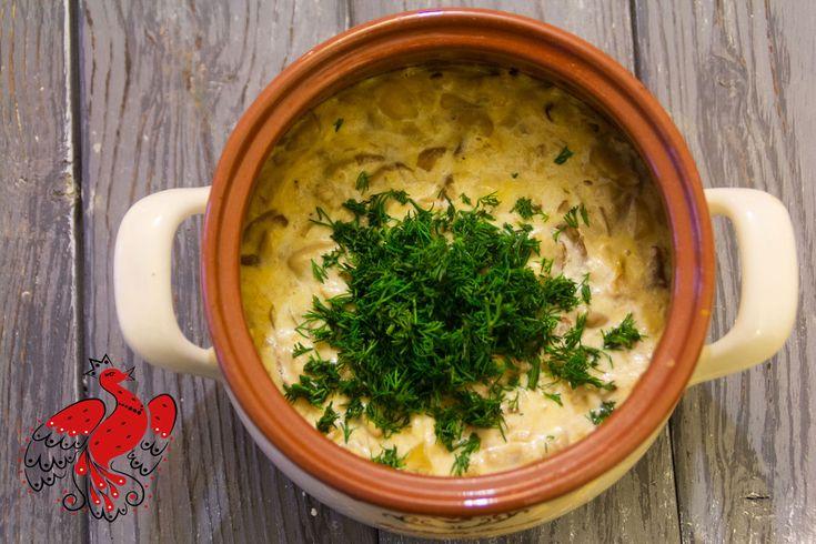上流階級にルーツを持つ「ビーフストロガノフ」。伝統的なロシア料理だと考える外国人も多い。ソ連人の多くは、食堂の食べ物とイメージする。