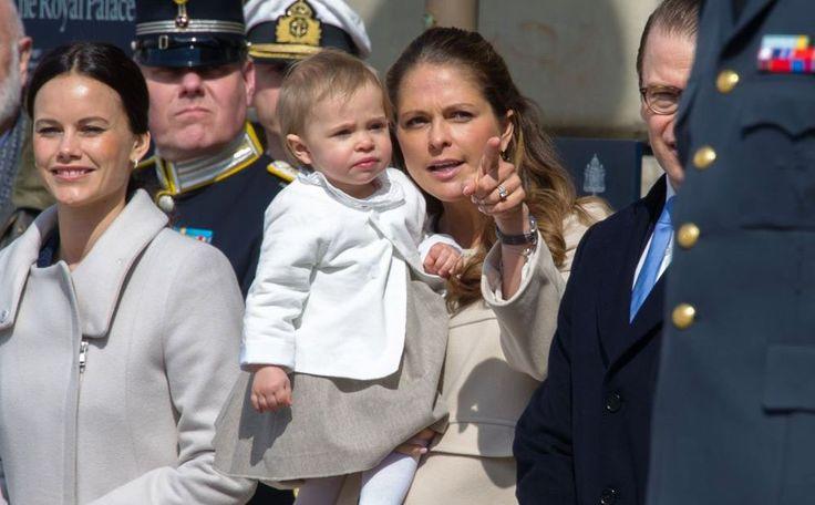 Juni wordt een drukke maand voor de Zweedse royals. Prins Carl Philip trouwt op 13 juni met Sofia Hellqvist. Zijn zusje prinses Madeleine is een paar dagen later uitgerekend van haar tweede kind, kortom: een zomerbaby voor prinses Madeleine.