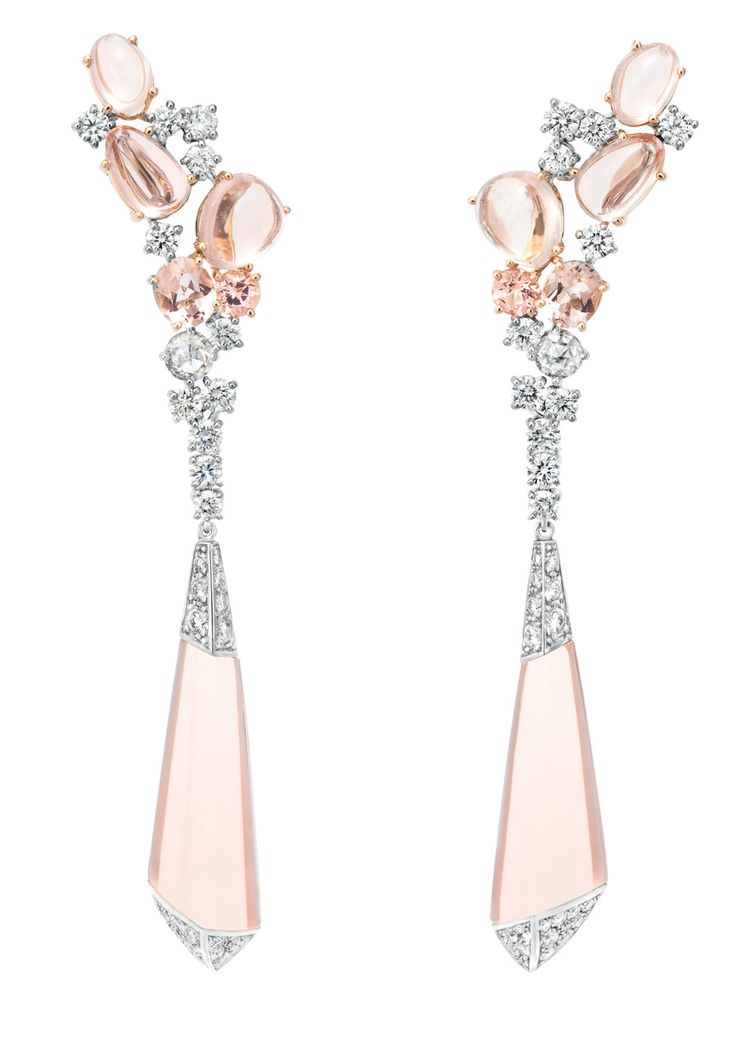 Boucheron 'Hotel de la Lumière Halo Delilah' earrings in white gold, set with morganites and white diamonds.