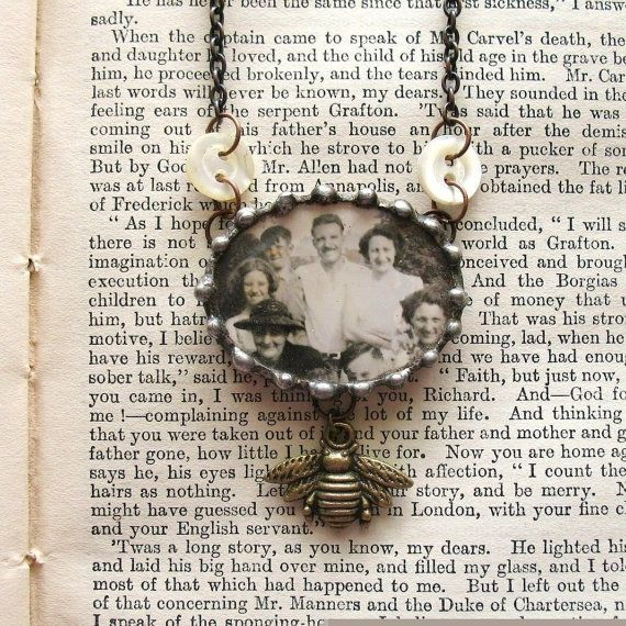 button connectors on necklace: Summer Memories, Button Necklace, Vintage Photo, Vintage Necklaces, Jewelry Ideas, Vintage Inspired, Button Jewelry