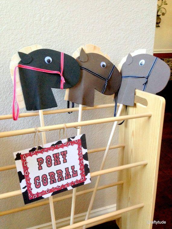 Hobby horse heads set of 4 DIY Stick Horse head por Craftytude
