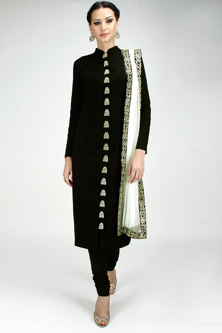 Black zardosi embroidered straight kurta set available only at Pernia's Pop-Up Shop.
