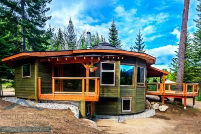 How to Build a Beautiful, Energy Efficient Round Home in the Woods | Permaculture Magazine