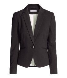 Fitted jacket in woven fabric with notch lapels, jetted front pockets and a single back vent. Lined.