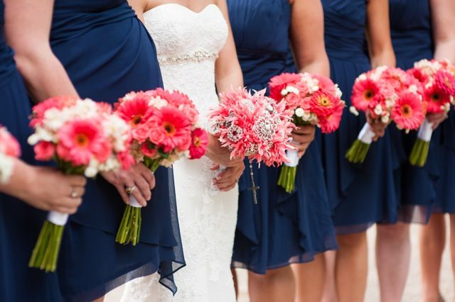 Wedding Flowers from Springwell: Dominique and Javier's Stunning Coral and Navy Wedding