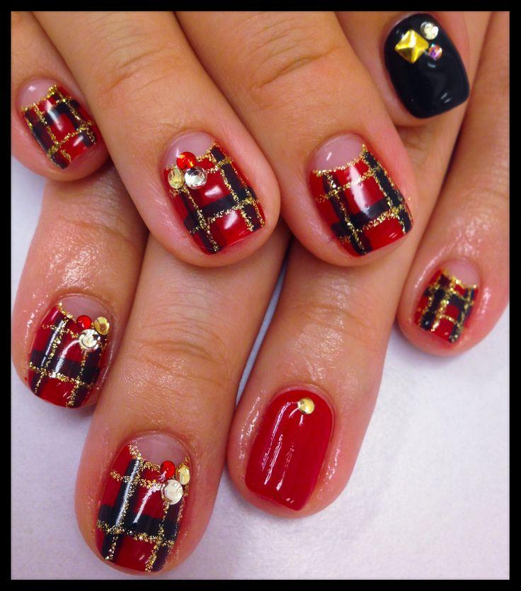 checked nail