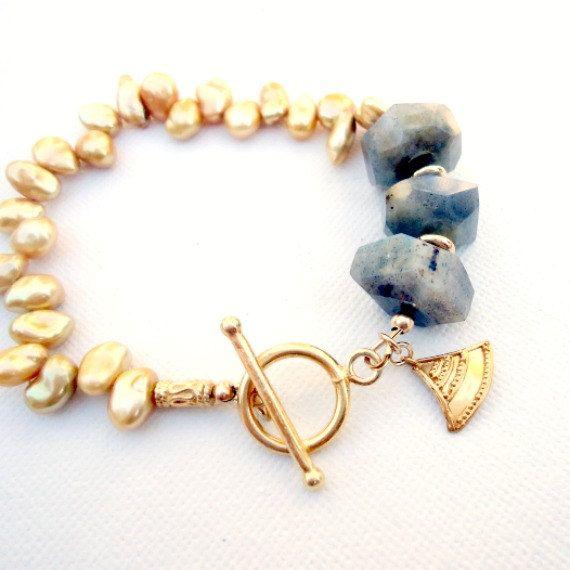 Labradorite grigia bracciale oro gioielli Perla di jewelrybycarmal