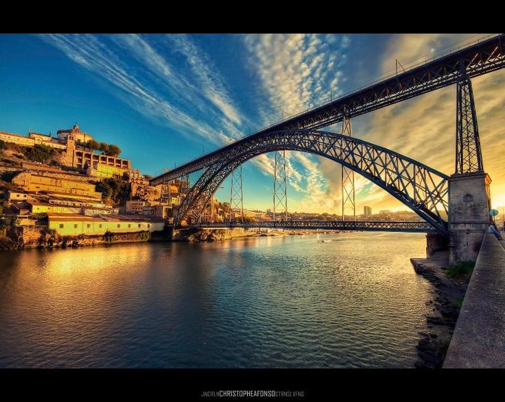 The Iron Lady (D. Luís bridge by Eiffel), Douro River, Porto, Portugal