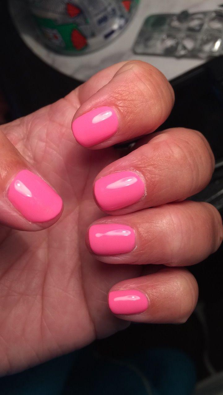 """Make you blink pink"" gelish nails plain"