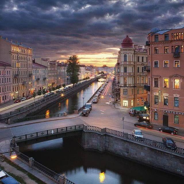 Санкт-Петербург Live  | https://www.facebook.com/spblive.ru/photos/a.1459094584316866.1073741828.1459048040988187/1851671491725838/?type=3