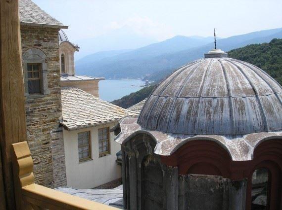 Μερική άποψη της Μονής Σταυρονικήτα Αγίου Όρους - Partial view of the Holy Monastery of Stavronikita on Mount Athos