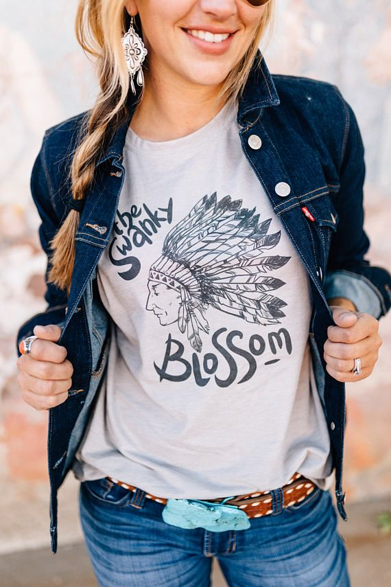 Love this Etsy shrit - cool retro design!  Indian Shirt, Boho Shirt, Tribal Shirt, Bohemian, Headdress, Southern, Native, Southwest, Boho, Boho Chic, Indian Headdress, Western Style