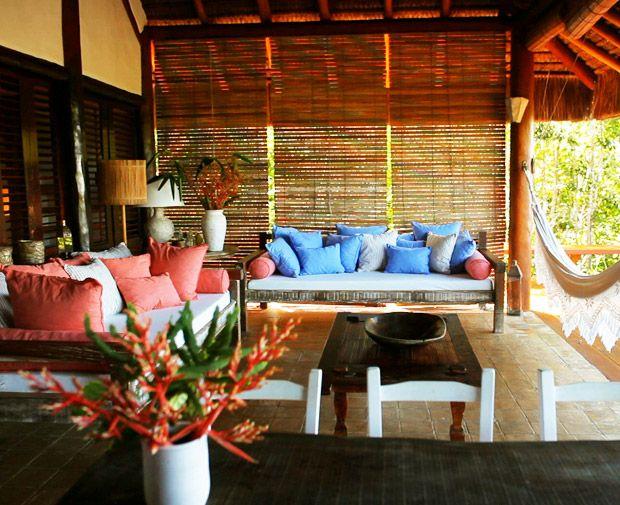 Atriz Débora Bloch abre sua casa em meio à natureza do sul baiano - Casa - GNT