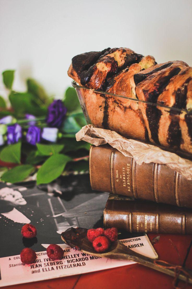 RECETTE Brioche zébrée au chocolat et à la framboise #brioche #chocolat #framboise #zebre #chocolat #strawberry #zebra #photography #food #foodphotography