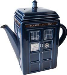 I sooo want this...Teas Time, The Tardis, Tardis Teapots, Doctorwho, Teas Pots, Doctors Who Tardis, Doctor Who Tardis, Dr. Who, Tea Pots