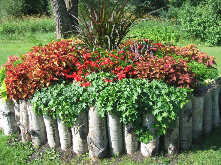 Rustic flower bed rustic chic flowers pinterest gardens raised beds and garden borders - Rustic flower gardens ...