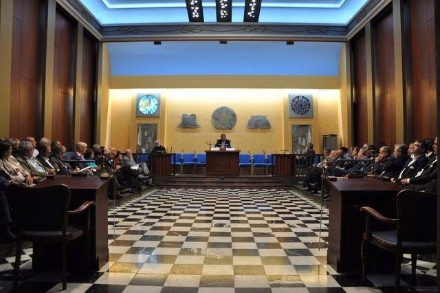 Conférence de Jean-Paul Augier lors du colloque du Groupe de recherche Alpina, dans le temple maçonnique des Eaux-Vives.