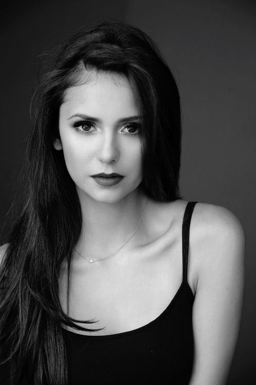 Imagem de Nina Dobrev, the vampire diaries, and tvd
