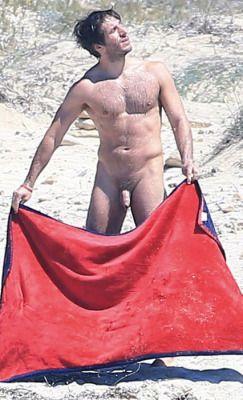 true nude celebrities male