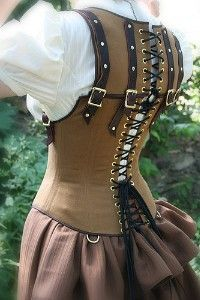 This, kids, is what we call an Awesome Ren Faire Costume Piece. See? Oooh...Fantsy Steam punk esque Not Renn due to the skirt bustle-age...