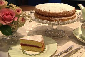 女王陛下のヴィクトリアサンドイッチケーキ