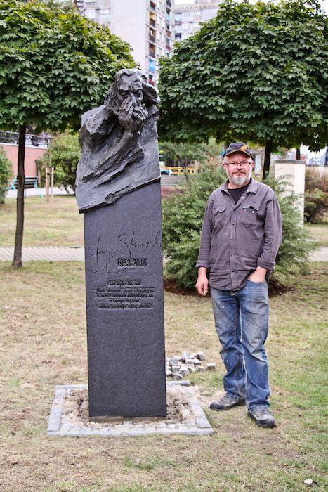 Jacek Kiciński   Rzeźba sakralna, monumentalna, portretowa oraz kameralna.