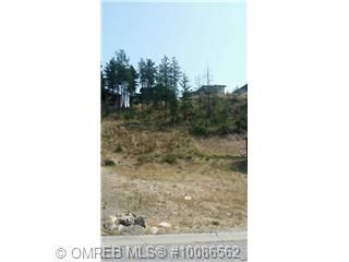 """Great level building lot in the highly sought after """"The Lakes"""" development in quiet lake country. All services are at lot line. Great place to raise your family in wonderful country setting. Near shopping, lake, orchards and vineyards. No time line to build, bring your own builder"""