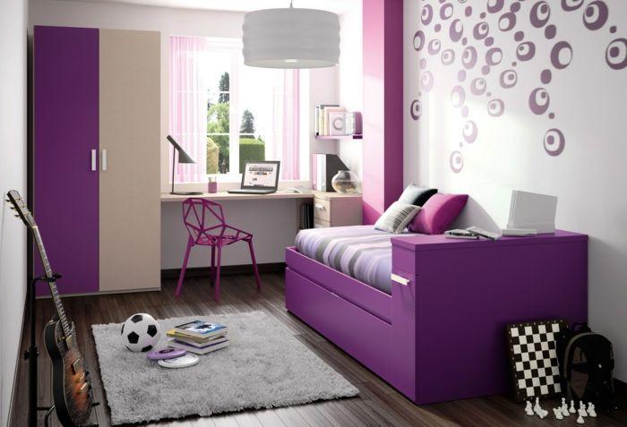 jugendzimmer einrichtung lila bett coole wandgestaltung leuchter kompakte möbel