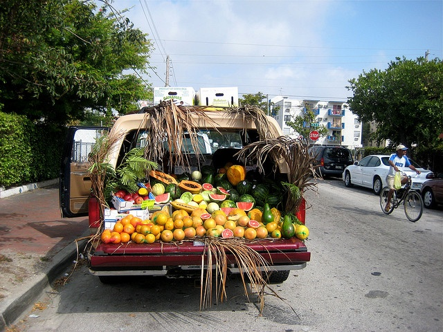 Little Havana Fruit Truck (Miami, Florida)