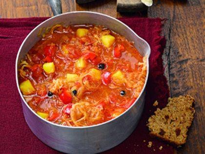 Deftiger Sauerkraut-Eintopf