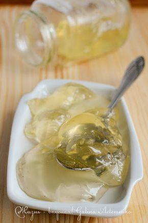 Нейтральная глазурь нередко встречается в самых разнообразных рецептах всяких сладостей. Ею можно покрывать свежие фрукты на тортах и пирогах , чтобы они не…