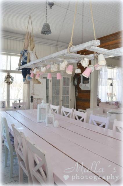 beautiful .wat leuk boven de eettafel....so sweet