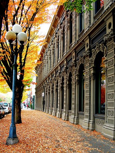 Beautiful downtown in the fall.....Salem, Oregon