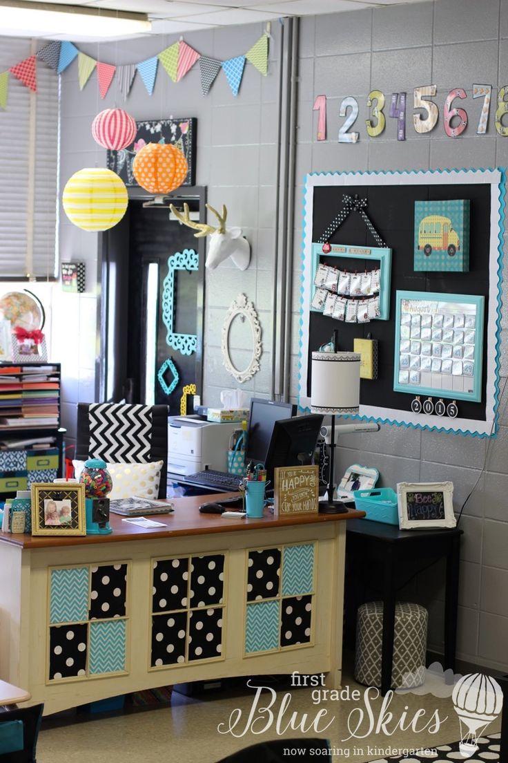 Classroom window - Classroom Reveal 2015 First Grade Blue Skies Classroom Decor
