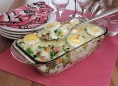 O Arroz à Grega de Forno é uma opção prática e deliciosa para almoços e jantares especiais. Faça e receba muitos elogios de todos os seus convidados! Veja