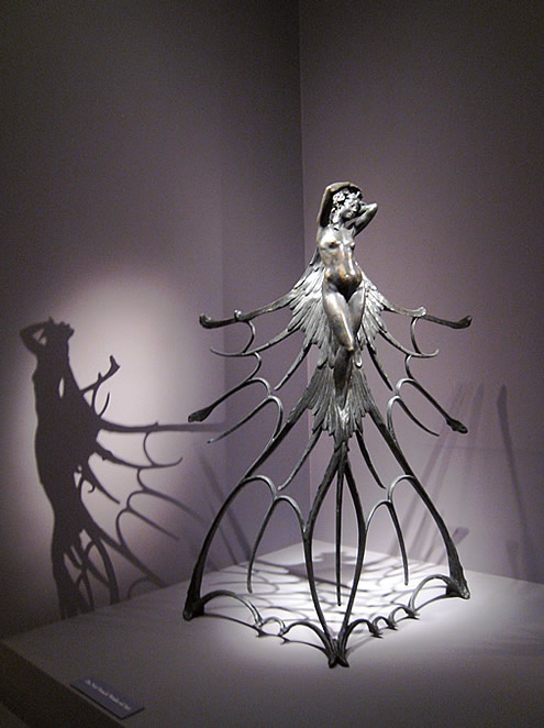 awesome sculpture by Rene Lalique (not jewelry, but I think it belongs in this album anyway)