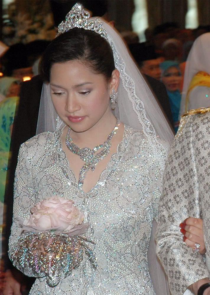 Princess Sarah Of Brunei Wedding Photo Google Search In