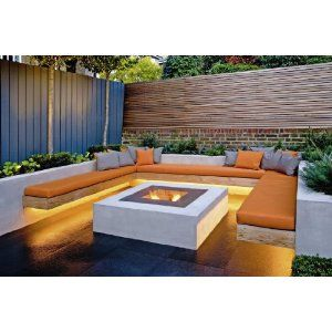 Built-in seating and firepit