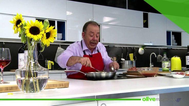 Παραδοσιακό σπεντζοφάι! Παραδοσιακή σπεσιαλιτέ με λουκάνικα και πιπεριές που σερβίρουν κατ' εξοχήν στο Πήλιο. Στην τοπική διάλεκτο, σπέντζες λένε τις πιπεριές