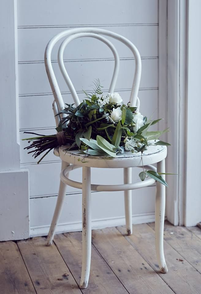 Vintage Bride ~ Vintage Chair Inspiration ~ Chair from Oh Perfect Day [ohperfectday.com] ~ [vintagebridemag.com.au] ~ #vintagebride #vintagewedding #vintagebridemagazine