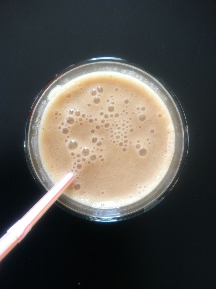 Almond Milk and Peanut Butter Smoothie! 2 Weight Watcher PointsPlus! Easy Weight Watcher Meal and Snack Ideas....