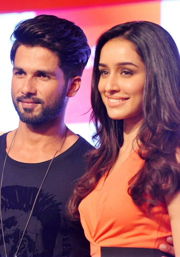 Shahid Kapoor and Shraddha Kapoor at an event by Samsung.