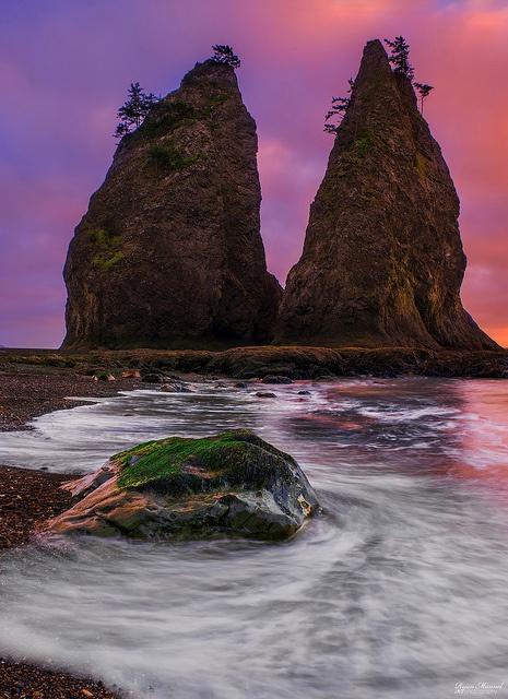 Praia Rialto, no Parque Nacional Olímpico, estado de Washington, USA.